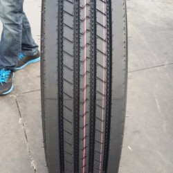 Truck Radial Tire (1000R20, 1200R24)