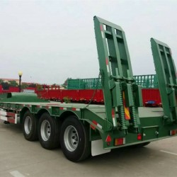 China Truck Trailer for Transportation Low Bed Semi Trailer for Sale