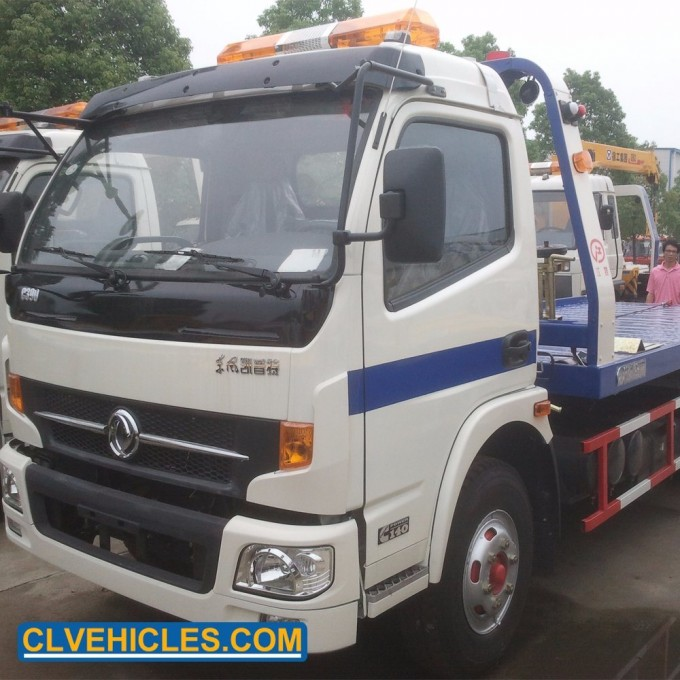 Dongfeng Isuzu 5 Ton Wrecker Road Tow Recovery Flatebed Towing Truck Image1