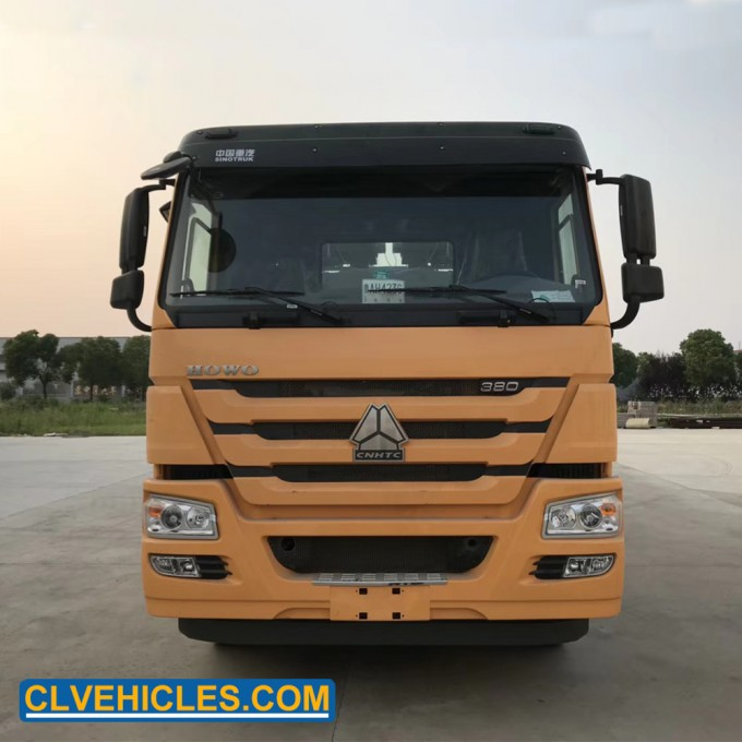 HOWO 50ton 8*4 Recovery Truck Breakdown Tow Truck Image1