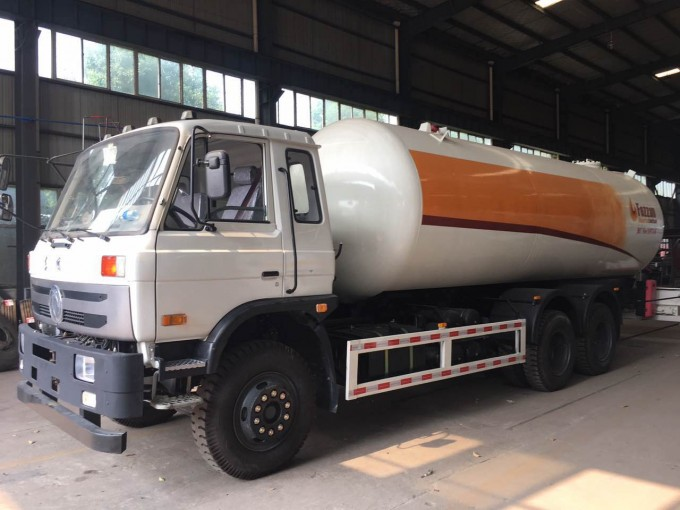 20000Liters Propane Delivery Road Truck Lpg Gas Tanker Truck Image1